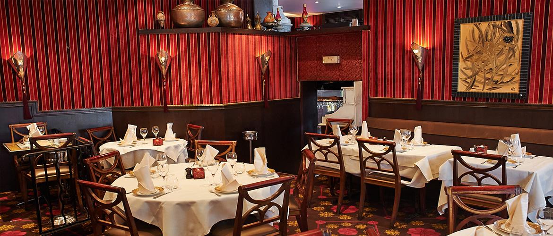 Grande salle du restaurant